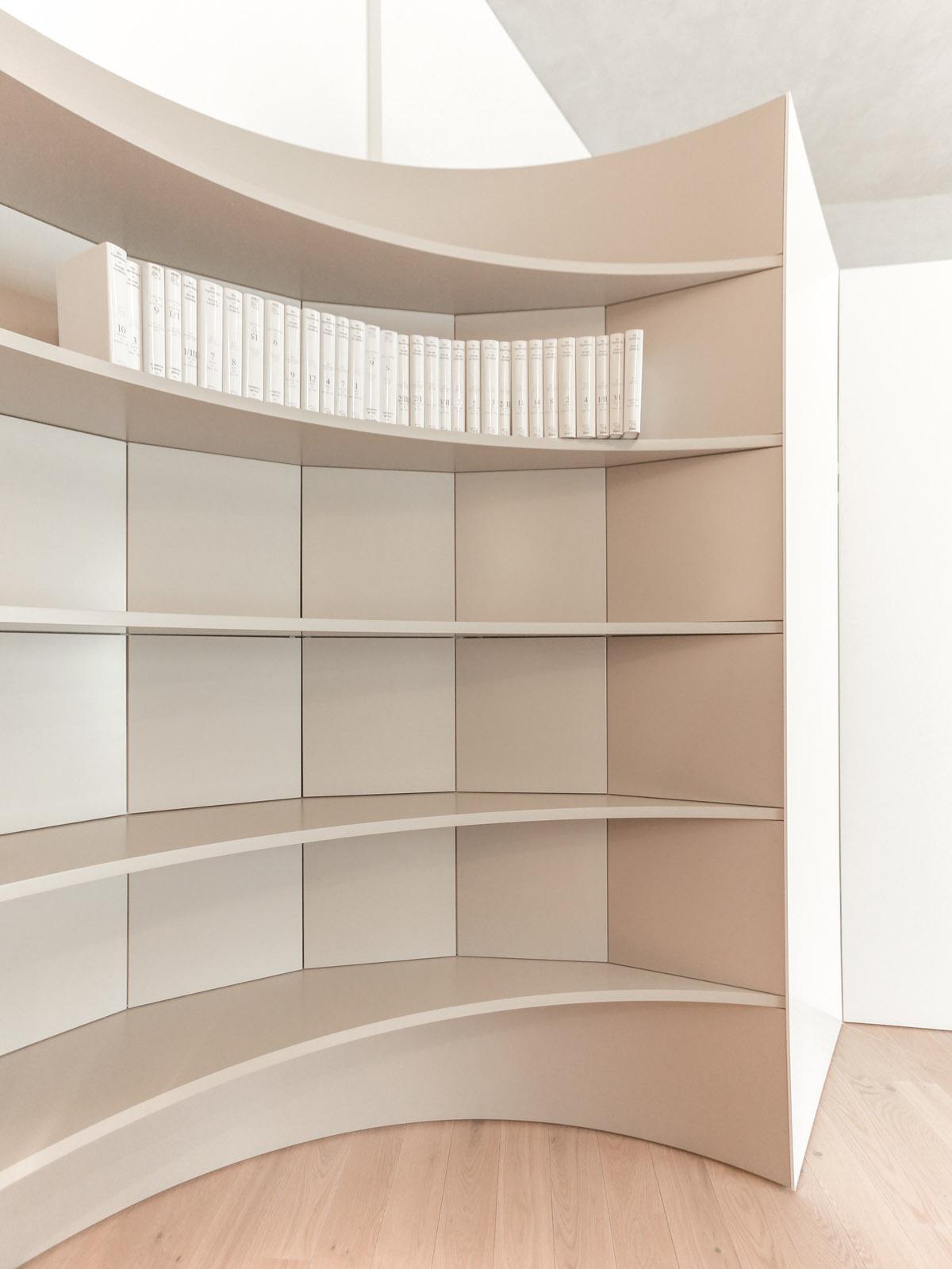 Richard-Moessmer-Bibliothek-7